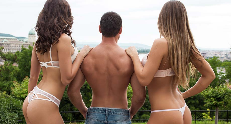 Pros and Cons of Threesomes